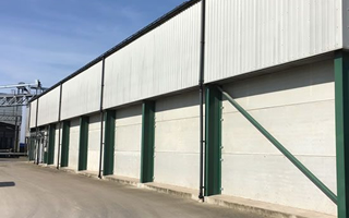 Concrete panels for grain stores